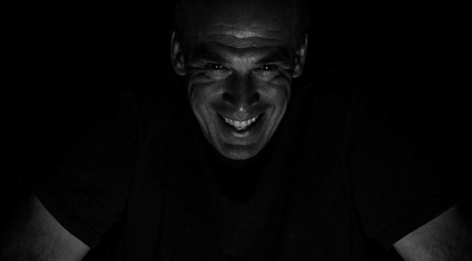 """Low Key Fotografie = Portraits """"aus dem Dunkeln"""""""